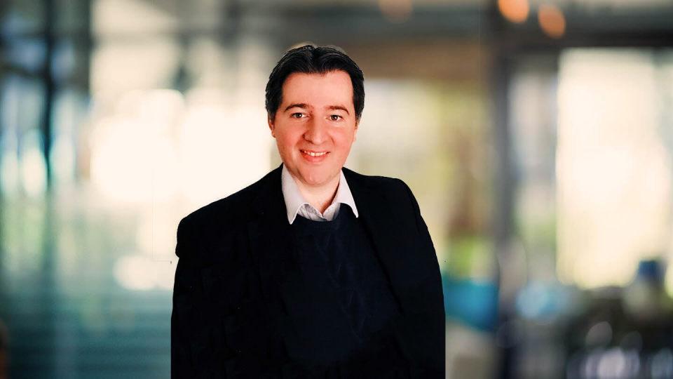 Expert profile of Simon Egan